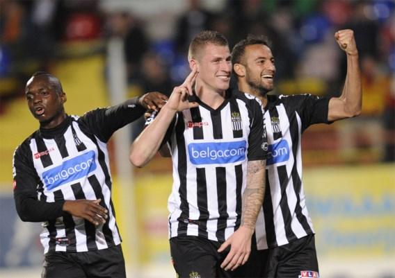 KV Mechelen zoek gespeeld door tienkoppig Charleroi