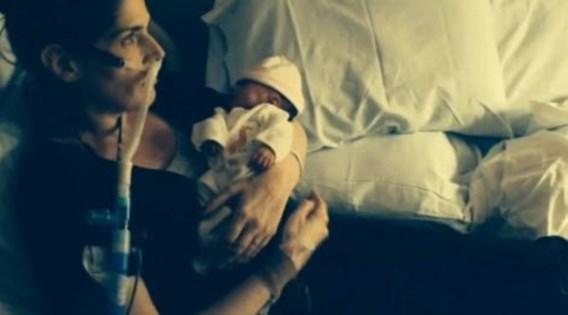 Doodzieke vrouw sterft om baby te redden