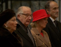 Koningin Paola bezorgd om Laurent