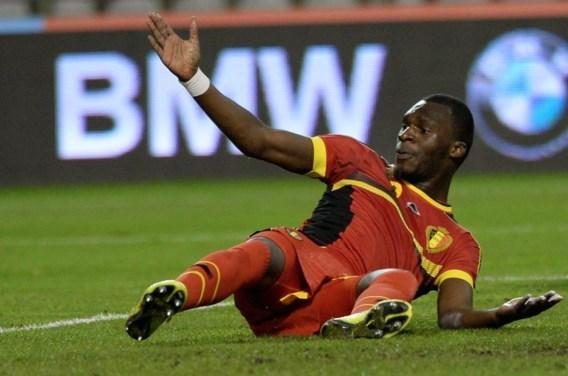 Aston Villa bevestigt: Benteke out voor WK met zware blessure
