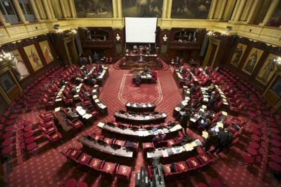 Senaat keurt nieuwe regeling naamkeuze goed