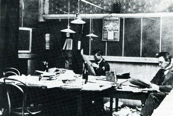 Op de redactie van De Standaard (1919).