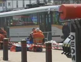 Twee trams botsen in Brussel: 16 gewonden