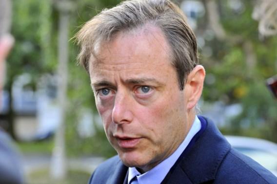 De Wever: 'Wie geen goed cv heeft, moet begeleid worden'