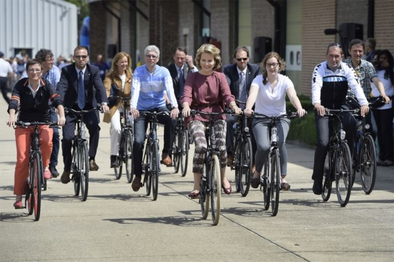 IN BEELD. 1000 km fietsen tegen kanker