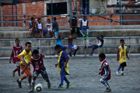 Training in de favela.