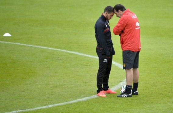 Marc Wilmots met een van zijn titularissen, Eden Hazard. 'Wie speelt, interesseert me weinig', zegt hij. 'Het belangrijkste is dat alle veldspelers klaar zullen zijn.'