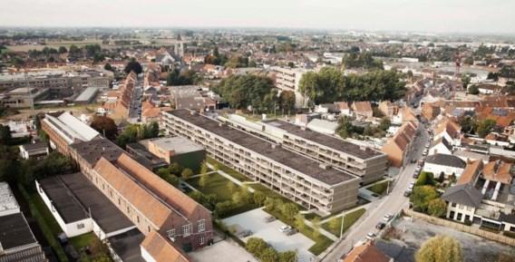 De 131 flats komen tussen de Westerlaan en Molenstraat.