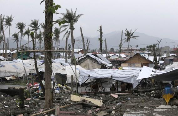 Belgische containers met noodhulp geblokkeerd op Filipijnen