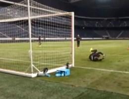 Lukaku velt Mignolet en Courtois met één schot