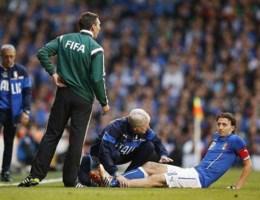 Montolivo breekt been en mist het WK