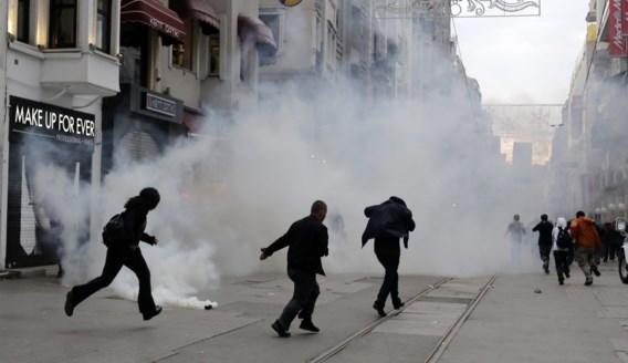 Turkse politie zet traangas in op verjaardag Taksim-protesten