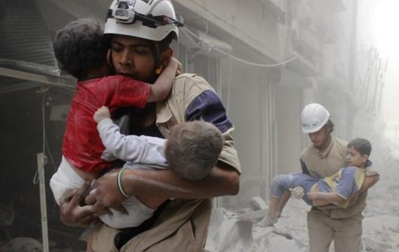 Je kunt het ook zo zien: laat de internationale gemeenschap de Syriërs aan hun lot over, dan zien jonge Syriëstrijders het als hun plicht tegen dat onrecht te gaan vechten.
