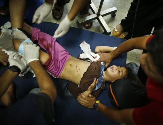 Een Palestijns meisje dat in de school schuilde, is er erg aan toe