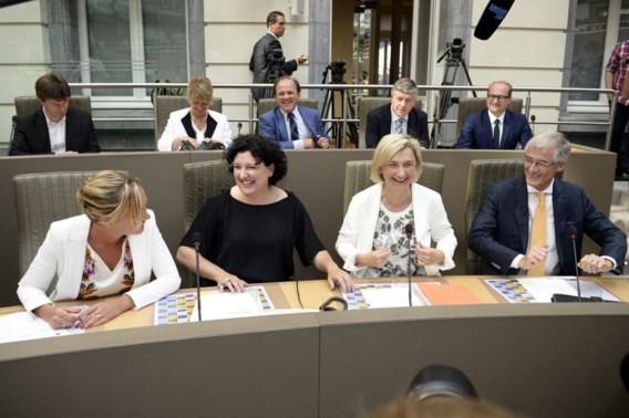 OVERZICHT. Dit is de nieuwe Vlaamse regering