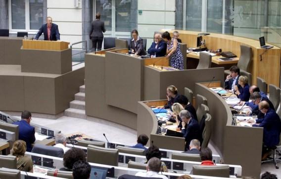 Parlement geeft het vertrouwen aan nieuwe regering