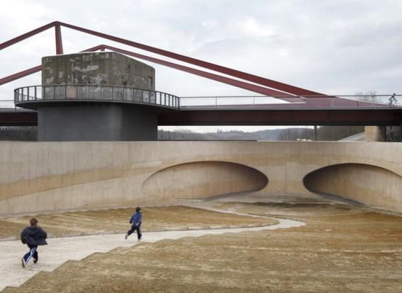 De brug in Vroenhoven, door Ney + partners
