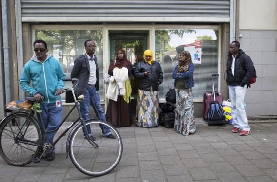 Nederland wist een tijdje geen blijf met de toevloed aan Eritreeërs. Deze mensen moesten op 31 mei hun tijdelijke opvangplaats verlaten.