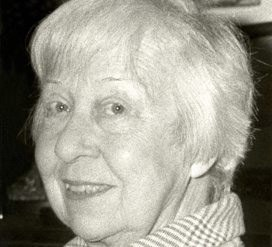 Uitgeefster Angèle Manteau (19112008) maakte als kind in Dinant het begin van de oorlog van nabij mee.