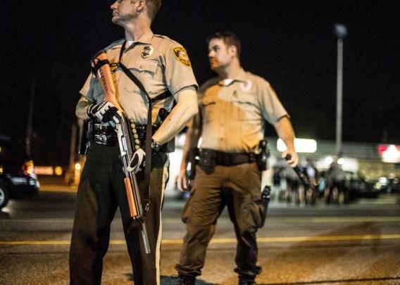 Het machtsvertoon van de politie tegen de zwarte betogers in Ferguson heeft velen in de VS geschokt.