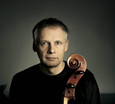 Pieter Wispelwey opende het festival Novecento.