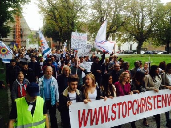 Ruim 700 mensen betogen tegen christenvervolging