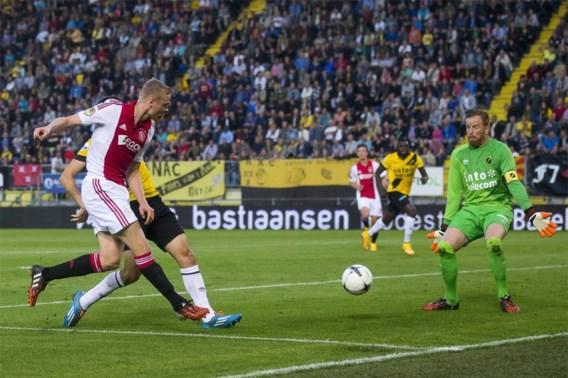 EREDIVISIE. PSV verliest ondanks rood voor Belg