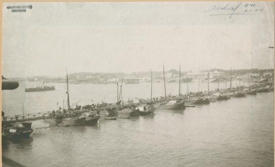De bouw van de pontonbrug over de Schelde begon op 2 augustus 1914, een week later was ze klaar.