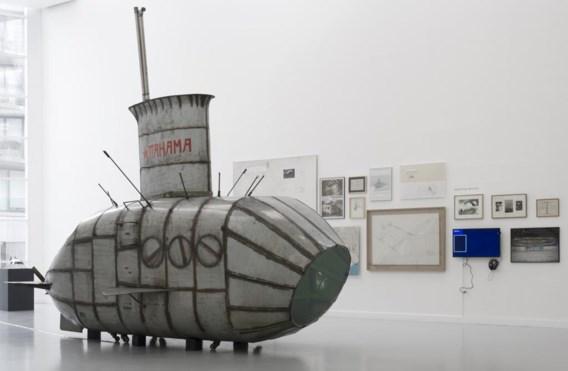 De duikboot 'Pahama', gebaseerd op Panamarenko's 'Walvis'.