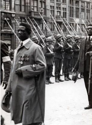 Joseph Adipanga (1895-1939), hier als oud-strijder, bracht de oorlog in de loopgraven door.
