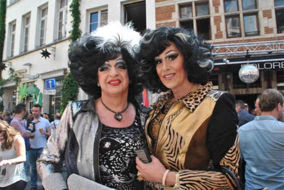 Travestieten mogen weer met eigen naam op Facebook
