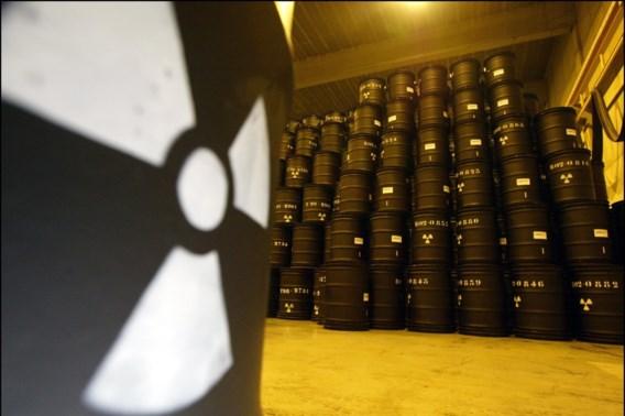 Schip met Belgisch nucleair afval even op drift na brand