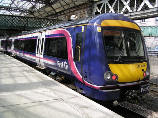 NS-dochter lijft Schotse spoorwegen in
