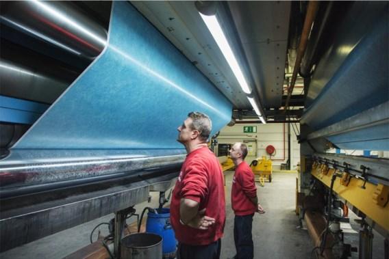 Vinylproductie bij Beaulieu in Wielsbeke. Op industrieel vlak investeert Beaulieu fors in groei, maar het fiscale luik blijft een molensteen rond de hals.