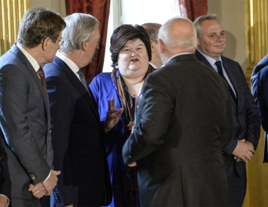 'Minister van Volksgezondheid met obesitas is niet geloofwaardig'
