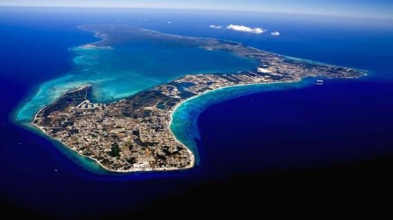 De Kaaimaneilanden, een fiscaal paradijs in de Cariben, vanuit de lucht.