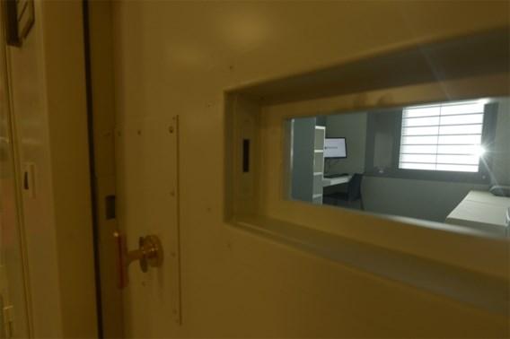 Regering wil gevangenen ziekte-uitkering afnemen