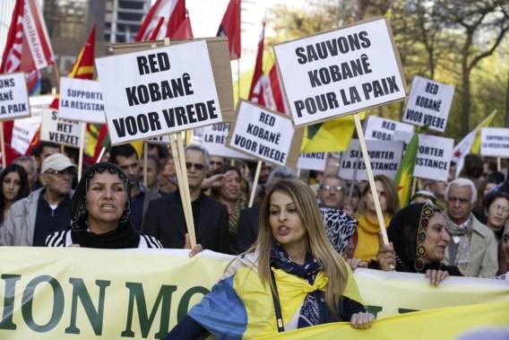 Duizenden Koerden wereldwijd op straat tegen IS