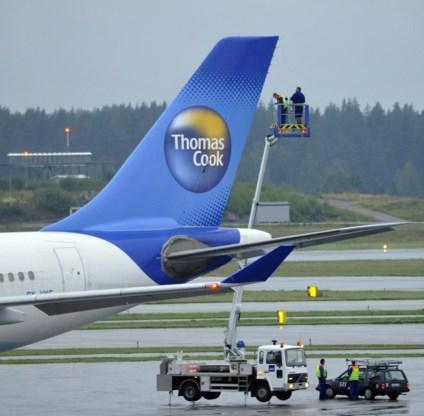 Vliegtuig Thomas Cook verliest noodglijbaan tijdens vlucht