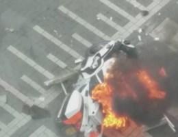 VIDEO. Politiemotor gaat in vlammen op