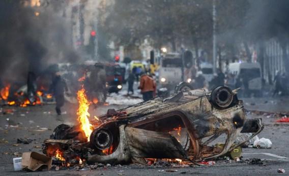 Abdeslam El Gharrafi stond erbij toen zijn wagen in brand werd gestoken, maar was te bang om in te grijpen.