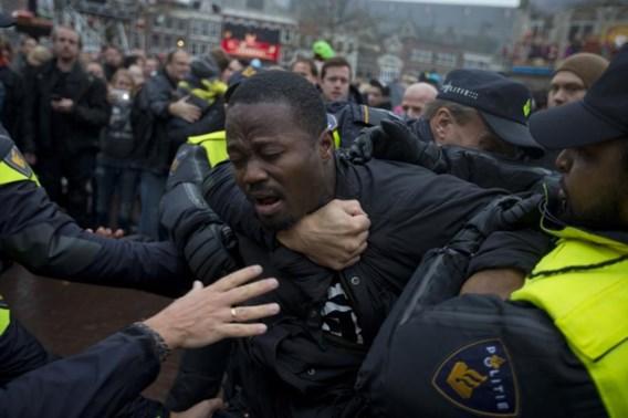 Negentig opgepakt bij intocht Sinterklaas in Nederland