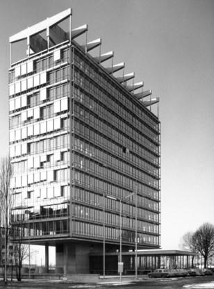 De afgewerkte BP-building anno 1963.