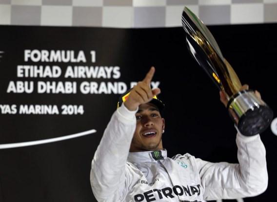 Lewis Hamilton zegeviert in Abu Dhabi en is de nieuwe wereldkampioen Formule 1