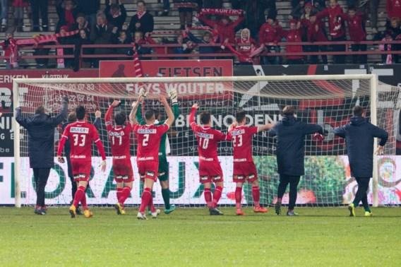 Kortrijk tweede na makkelijke zege tegen KV Mechelen