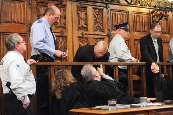 Daders eerste homofobe moord in België veroordeeld