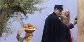 Vaticaan laat Femen-activiste toch vrij
