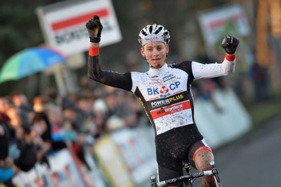 Sterke van der Poel lukt comeback en wint overtuigend in Leuven