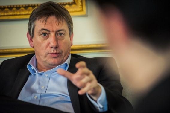 Geen verhoogd dreigingsniveau in België, wel meer patrouilles aan Franse ambassade