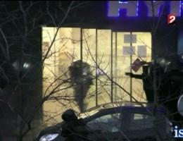 VIDEO. Ontknoping gijzelingsdrama in Parijs van ontstellend dichtbij